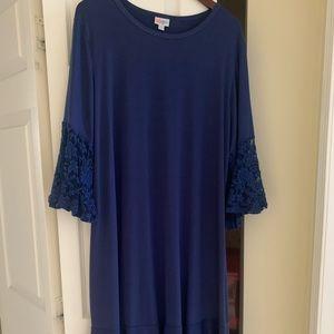 2X Lularoe navy dress/lace sleeves